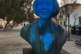 Ataque vandálico al busto de Aurora Picornell