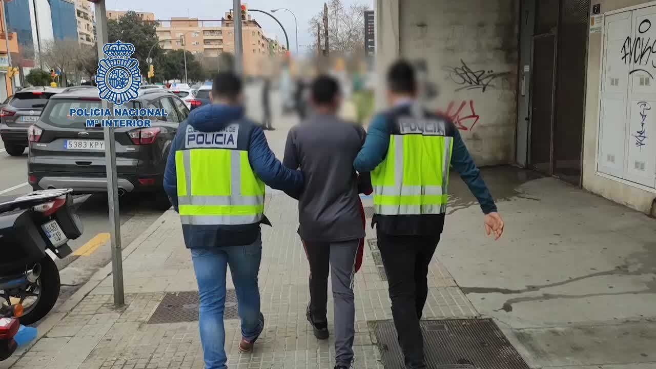 Dos detenidos por asaltar a mujeres de avanzada edad en portales de Palma
