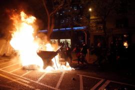 Cargas y altercados en Cataluña y Valencia en las protestas por el encarcelamiento de Pablo Hasél