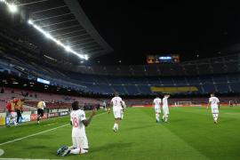 El PSG golea al Barcelona en el Camp Nou