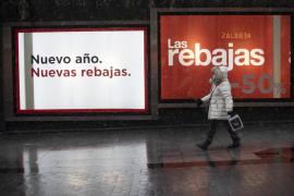 Las rebajas no salvan la contratación del comercio, que cayó casi un 25 % en Baleares