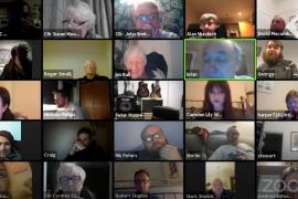 Más de 3.000 personas trolean la videollamada de una junta parroquial