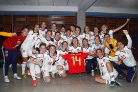 España se clasifica para la Eurocopa tras una goleada dedicada a Virginia Torrecilla
