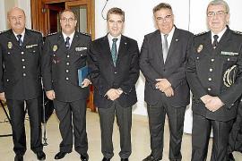 Homenaje a los artífices de la 'Operación Columbainero'