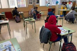 En uno de cada cuatro centros educativos de Baleares se pasa frío