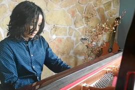 Antón, un niño prodigio al piano