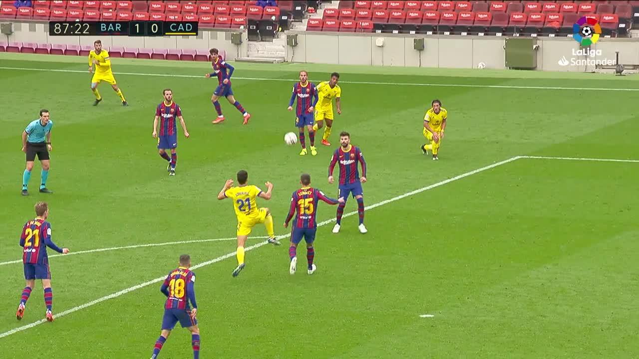 El Barcelona desaprovecha el pinchazo del Atlético