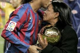 Fallece de COVID-19 la madre del exfutbolista Ronaldinho