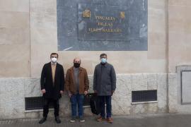 Més denuncia ante Fiscalía los ataques «fascistas» a las esculturas de Emili Darder y Aurora Picornell