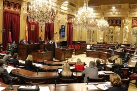 Rebajado en 4.000 euros el plus de residencia para los altos cargos de otras islas