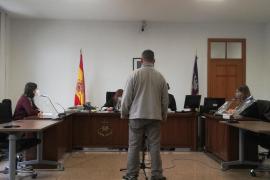 Un año de cárcel por robar la caja registradora en un bar de Palma