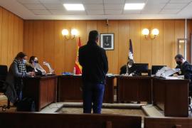 Medio año de prisión por vender un coche con reserva de dominio a una mujer en Palma
