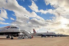 España renueva las restricciones a vuelos desde R.Unido, Brasil y Sudáfrica