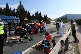 Muere el conductor de un coche tras chocar contra un camión en la carretera del Port d'Andratx