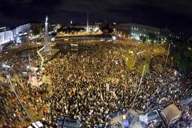 La huelga general culmina con multitudinarias protestas en Madrid y Barcelona