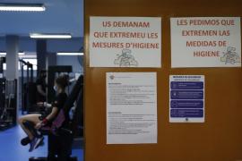 Mallorca avanza en su desescalada: Aumenta el aforo en los comercios y se amplía el uso de los gimnasios