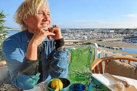 Alexandra Senes, periodista y empresaria: «Me gusta vivir fuera de lo establecido»