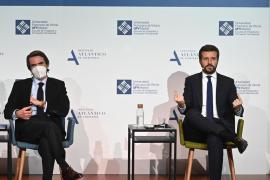 Casado reivindica el legado de Aznar y Rajoy