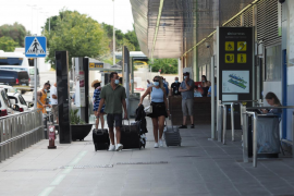 Sanidad quiere una Semana Santa sin viajes entre comunidades