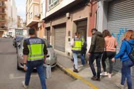 Hospitalizado un hombre tras ser apuñalado en un piso de Palma