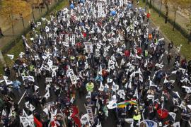 Miles de policías se manifiestan en Madrid en contra del recorte de sus derechos