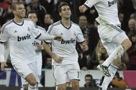 El Real Madrid golea al ritmo de Modric y Benzema