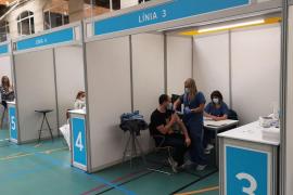 Mallorca empieza la vacunación masiva contra la COVID-19