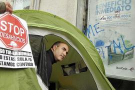 El Gobierno estudia dar la residencia a los extranjeros que compren vivienda