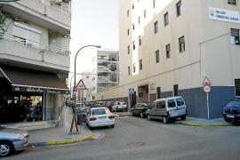 La Policía Local expedienta a una panadería de Palma que vendía cigarrillos sueltos a escolares