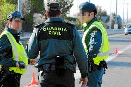 Detenidos tres menores que dieron una paliza a una mujer en Campos para robarle 80 euros