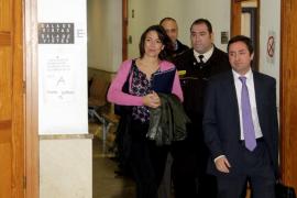 El juez impone una fianza civil de 163.000 euros a la exjefa de prensa de Salud