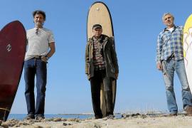 Pioneros sobre las olas