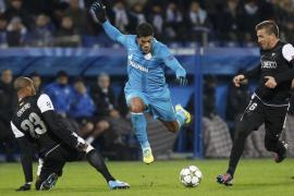 El Málaga suma un punto de oro con un empate ante el Zenit (2-2)