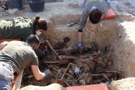Aranzadi entrega al Govern los restos de las 65 víctimas exhumadas en Porreres