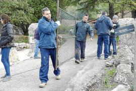 El Consell cierra la barrera de Menut y mantiene las de Muntanya y Ca Na Borrassa