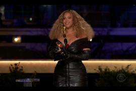 Taylor Swift y Beyoncé hacen historia en los Grammy