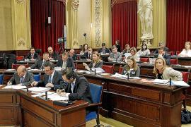 El PP lleva al Parlament 20 propuestas con reproches a la gestión del anterior Govern