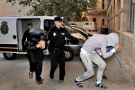 La operación contra los atracadores de gasolineras acaba con siete detenidos
