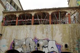 El Consell empieza el mantenimiento del Sindicat de Felanitx y retira 490 toneladas de residuos