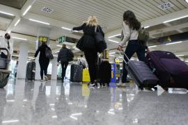 Alemania estudia prohibir temporalmente las vacaciones en el extranjero