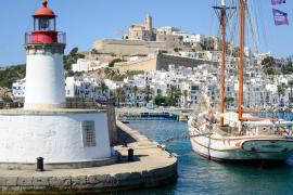 La Semana Santa registra un 'boom' de reservas en los viajes interislas