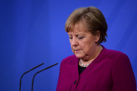 Alemania opta por un test para entrar en el país y Merkel ve difícil restringir los viajes