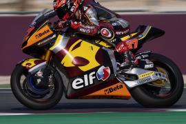 Augusto Fernández arranca muy lejos de los mejores en Moto2