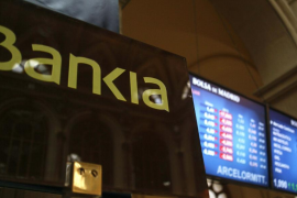 La banca nacionalizada recibirá 37.000 millones y Bankia absorberá la mitad