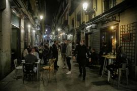 Almeida achaca las aglomeraciones en Madrid al cierre perimetral