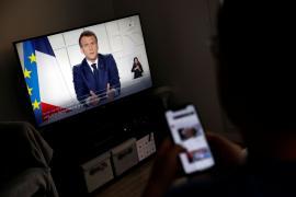 Francia cierra las escuelas tres semanas por el avance de la pandemia