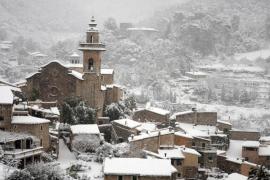Diciembre empieza en Baleares con una cota  de nieve de entre los 700 y los 900 metros