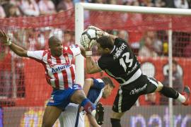El Tenerife mantiene las esperanzas ante el peor Sporting de la temporada