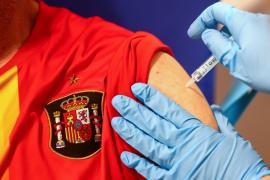 La vacunación en España continúa a un ritmo ascendente