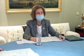 La reina Sofía recibe la segunda dosis de la vacuna contra la COVID